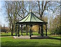 SO9570 : Jubilee Bandstand, Sanders Park, Bromsgrove, Worcs by P L Chadwick