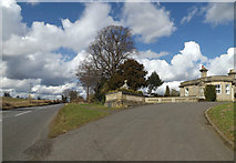 TM0576 : B1113 Hall Lane & entrance to Redgrave Park by Adrian Cable