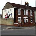 SU1384 : DWS advert on a corner in Swindon by Jaggery