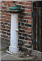 SE9577 : Disused water fountain, St Hilda's Street by Pauline E