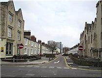 SU1484 : Reading Street, Swindon by Jaggery