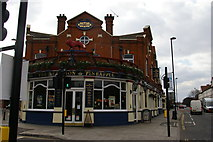 TQ1980 : The Red Lion and Pineapple, Acton by Christopher Hilton