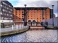 SJ8498 : Vantage Quay and Jacksons Warehouse by David Dixon