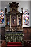 TQ3075 : St Andrew, Landor Road - Sanctuary reredos by John Salmon
