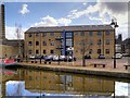 SE1437 : Leeds and Liverpool Canal, Salts Wharf by David Dixon