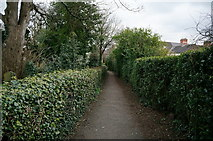TA0432 : Church Walk leading to Hallgate, Cottingham by Ian S