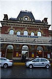 SU6400 : Portsmouth & Southsea Station front entrance by N Chadwick