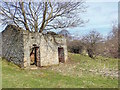 SE0391 : Ruined Barn by Mick Garratt