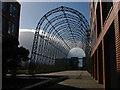 SU8654 : Former balloon hangar, Farnborough by Alan Hunt
