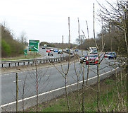 TG2103 : Traffic on the A47 road by Evelyn Simak