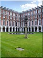 TQ1568 : Fountain Court, Hampton Court Palace by David Dixon