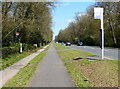 SP3175 : Bus stop along the A429 Kenilworth Road by Mat Fascione