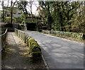 ST0595 : Road bridge and footbridge over Y Ffrwd, Ynysybwl by Jaggery