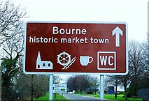 TF1020 : Town welcome sign at Bourne, Lincolnshire by Rex Needle