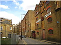 TQ3480 : Wapping High St by Chris Holifield