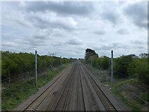 TF0611 : East Coast main line railway near Banthorpe Lodge, Lincolnshire by Richard Humphrey