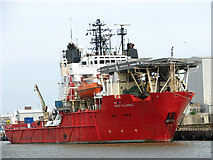 TG5204 : Red7 Alliance moored on East Quay by Evelyn Simak