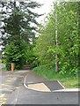 SO5923 : Path beside Ashfield School, Ross-on-Wye by David Purchase