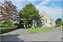 SU4774 : Chieveley, war memorial by Mike Faherty