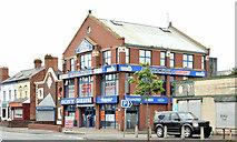 "J3674 : ""Sam's Yer Man"", Belfast (May 2014) by Albert Bridge"