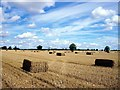 TF0823 : Straw bales at Hanthorpe, near Bourne, Lincolnshire by Rex Needle