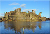 ST1587 : Caerphilly Castle by Wayland Smith