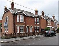 SU3521 : Edwardian houses in Alma Road, Romsey by Jaggery