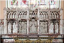 TQ2878 : St Michael, Chester Square - Reredos by John Salmon