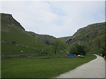SD9163 : Approaching Gordale Scar by Jonathan Thacker