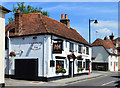 SU4648 : The Kings Arms, Whitchurch, Hampshire by Oswald Bertram