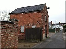 SK3516 : An old building in Ashby de-la Zouch by Oliver Mills