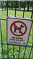SU4314 : Sign on Gateway to area where dogs are not allowed by J W Parker