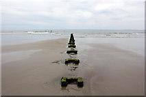 SH5631 : Pipeline on Harlech Beach by Jeff Buck
