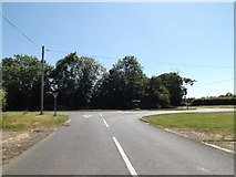 TM1172 : B1117 Yaxley Road, Thornham Parva by Adrian Cable