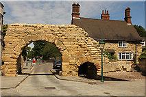 SK9772 : Newport Arch by Richard Croft