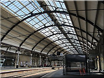 NZ2463 : Newcastle Central Station - platforms 4 and 6 by Mike Quinn
