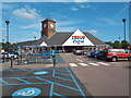 TL2210 : Tesco Extra superstore, Hatfield by Malc McDonald