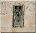 SU9677 : Flush Bracket, Windsor by Rossographer