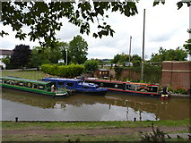 SO9262 : Hanbury Wharf on Worcester-Birmingham Canal by Jeff Gogarty