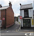 SZ6087 : No Entry to Cross Street, Brading by Jaggery