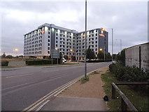 TQ0975 : Hilton Garden Inn near London Heathrow Airport by Matthew Cotton