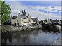 R3377 : Ennis - R Fergus & tower of Ennis Friary by Colin Park