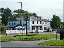 TL1116 : Charlie's, Harpenden by Robin Webster