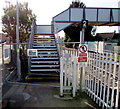 SO8005 : No passenger access to Stonehouse railway station footbridge by Jaggery