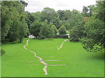 SE3337 : Dam drainage, Waterloo Lake by Stephen Craven