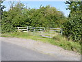 SO9658 : Gate and Stile, Earl's Common Road, Worcestershire by Jeff Gogarty
