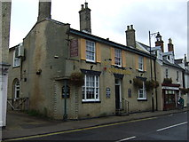 TM3863 : The Queens Head, Saxmundham by JThomas