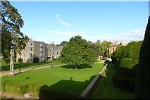 SE6250 : Derwent and Heslington Lawns by DS Pugh