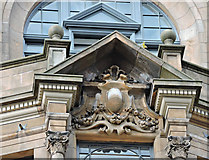 NS5965 : Sculpture on the Athenaeum building by Thomas Nugent