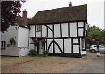 SP2764 : Park Cottage side wall, Warwick by Jaggery